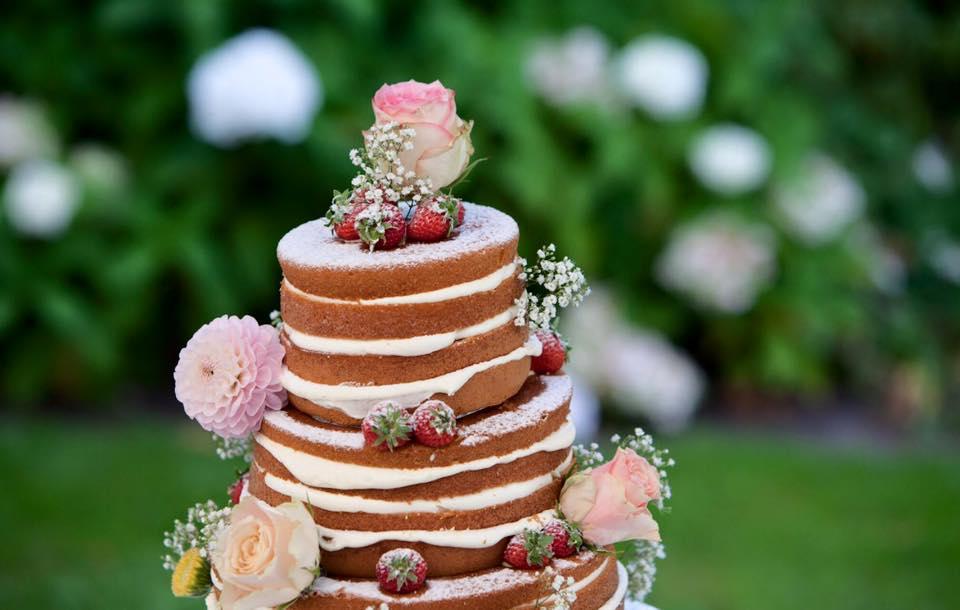 Naked Wedding Cake - Moderne Bruidstaart